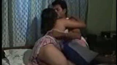 Gujju house wife xxx video with hubby's friend