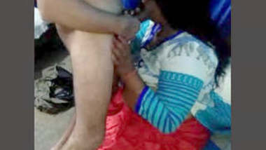Desi Bhabhi Blowjob and Handjob Part 2