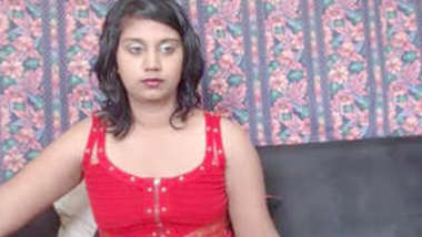 Desi cute sexy bhabi hot cam show