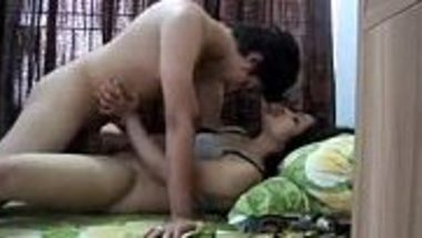 Amateur virgin Punjabi college girl hardcore chut chudai with bf
